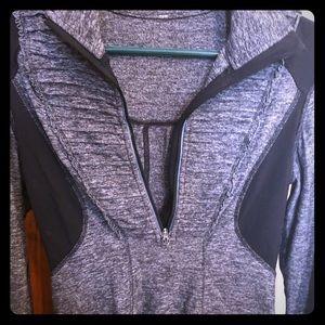 Lululemon quarter zip jacket size 2